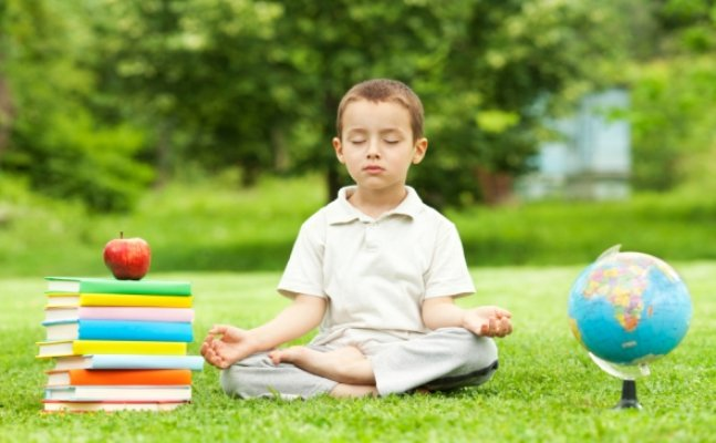 ChildrenMeditate